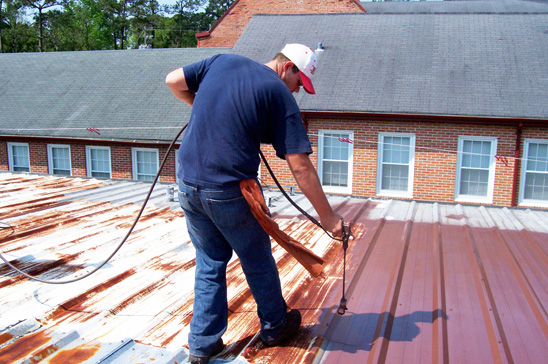 Spray-Application-of-Rustproofing-to-Rusted-Metal-Roof